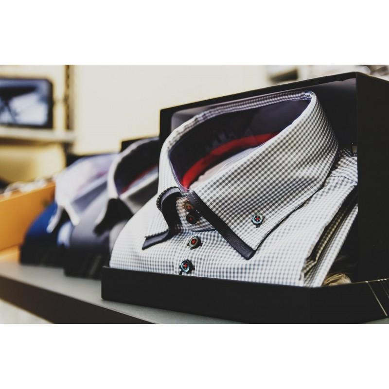 Dárkový poukaz na luxusní košili na míru v hodnotě 2 400 Kč