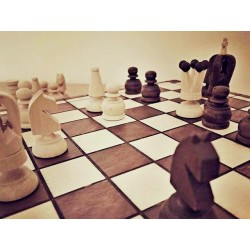Napínavá úniková hra Strýček v ohrožení pro 3-6 hráčů