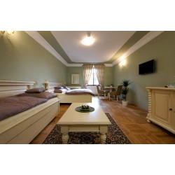 Dárkový poukaz na relax s nádechem luxusu v Kutné Hoře - 7 500 Kč