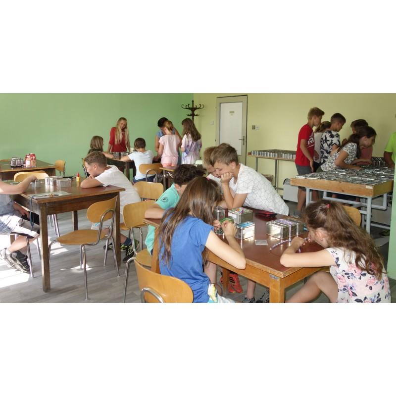 Dárkový poukaz na zábavu s korálky pro celou třídu (20 osob) - 1000 Kč