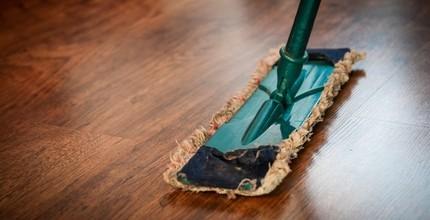 Běžný úklid domácnosti