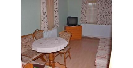 Ubytování v PENSIONU FAMILIA HARRACHOV  pro 2 osoby - 2 noci