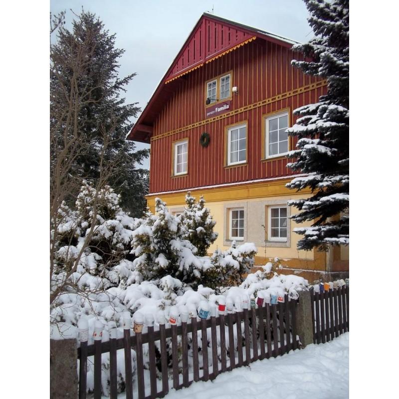 Ubytování v PENSIONU FAMILIA HARRACHOV  pro 2 osoby - 4 noci v hodnotě 3000 Kč
