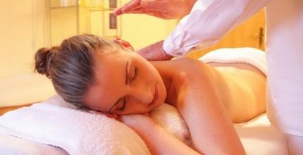 Hodinová relaxační masáž zad a šíje