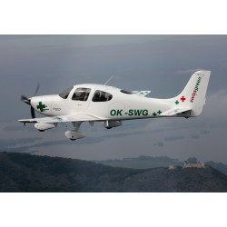 Dárkový poukaz na vyhlídkový let CIRRUS SR 20: Pálava, Lednice  - 45 min v hodnotě 2999 Kč