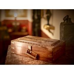 Dárkový poukaz na únikovou hru Elixír Mystery pro 3 - 5 osob (70 minut) v hodnotě 1 570 Kč