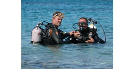 Potápění pro začátečníky v lomu Amerika
