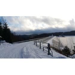 Dárkový poukaz na celodenní výpravu na sněžnicích Jizerské hory v hodnotě 1199 Kč