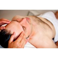 Dárkový poukaz na kosmetické ošetření obličeje s masáží hlavy -1900 Kč