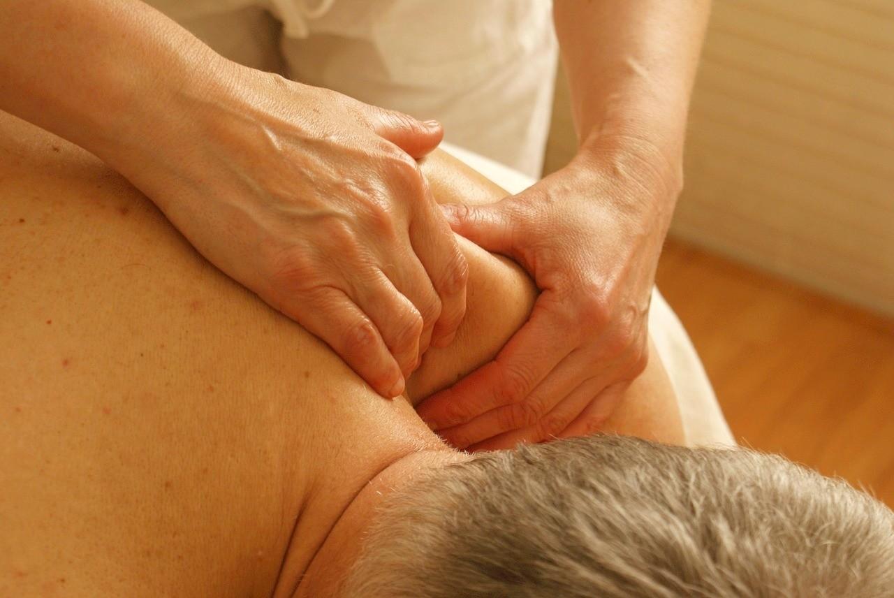 Dárkový poukaz na masáž dle vlastního výběru v hodnotě 1000 Kč