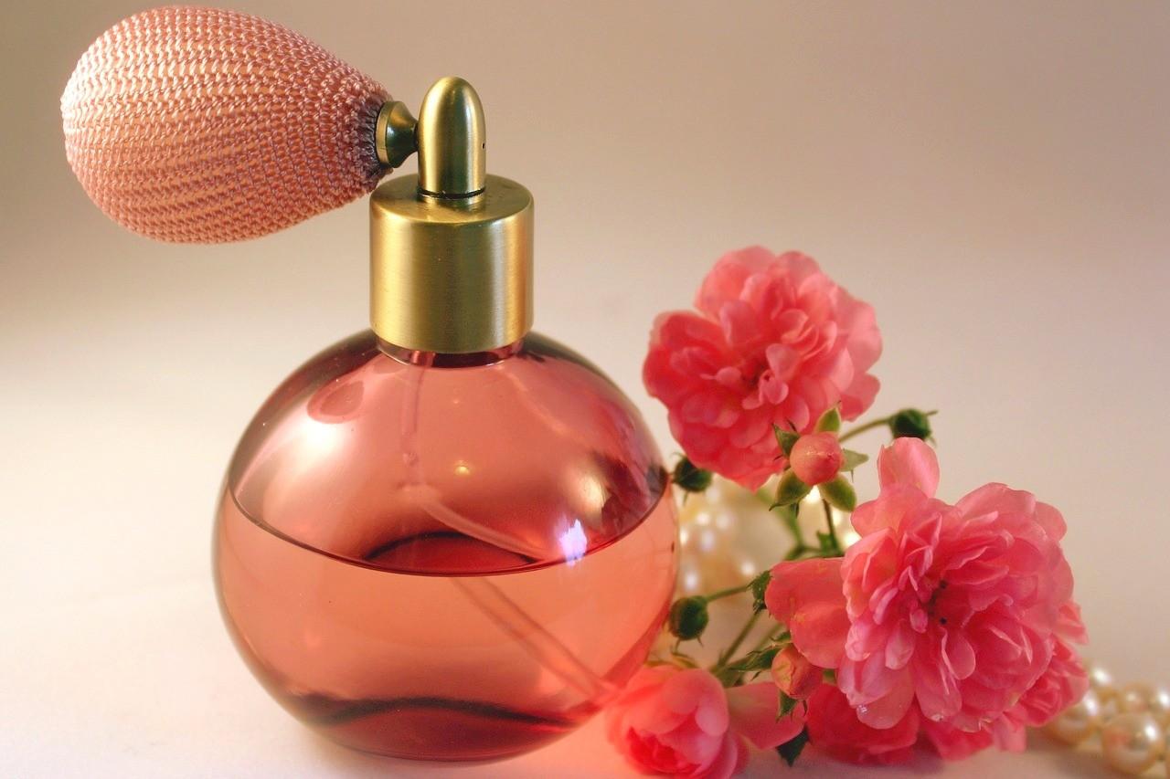 Dárkový poukaz 3x parfém dle vlastního výběru v hodnotě 799 Kč